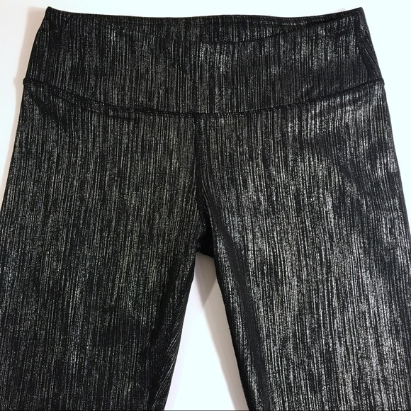 44a908c42db1a4 Fabletics Pants - Fabletics Salar Leggings Black & Silver Icicle G1